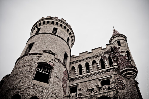 Настоящий русский замок в Муромцево. Готика Владимирской области
