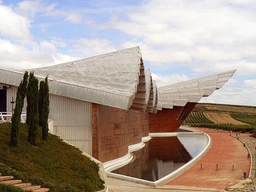 Здания-скульптуры, украсившие мир. Законодатель современного архитектурного стиля Сантьяго Калатрава