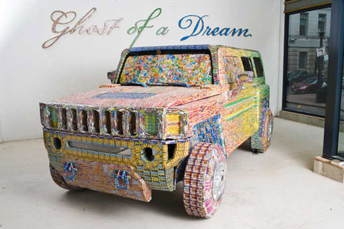 Мечты из лотерейных билетов. Арт-объекты «Ghost of a Dream»
