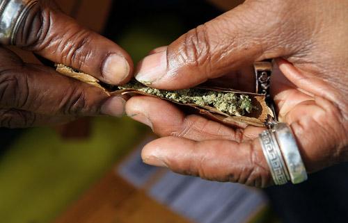 Правительство страны рассматривает вопрос возможной декриминализации марихуаны.  Как заявил сегодня министр труда...