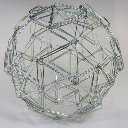 Математические скульптуры Zachary Abel. Сложные штуки из простых вещей