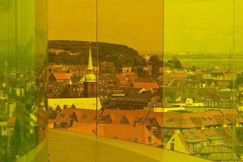 Радужная панорама. Разноцветная галерея на крыше одного датского музея