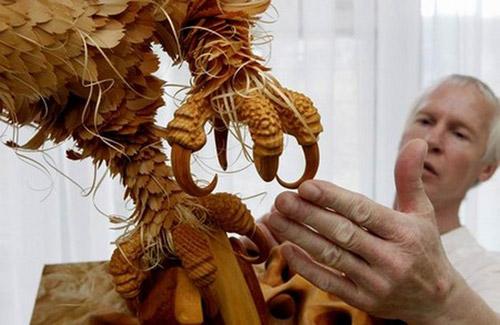 Зверушки из стружки. Скульптор по дереву Сергей Бобков